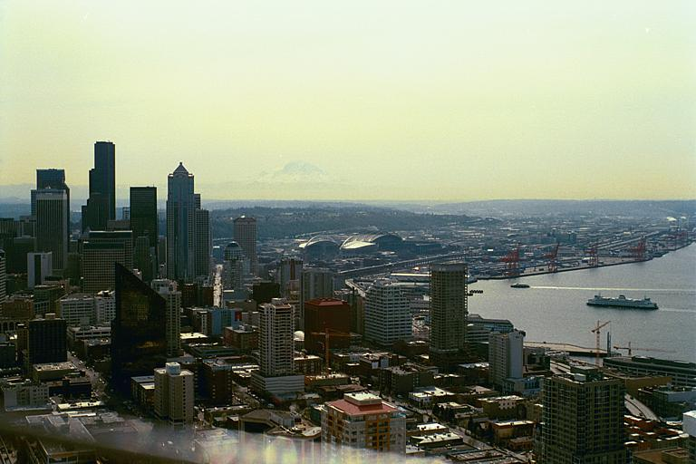 Seattle skyline with Mt Ranier in the background, as seen from the Spaceneedle